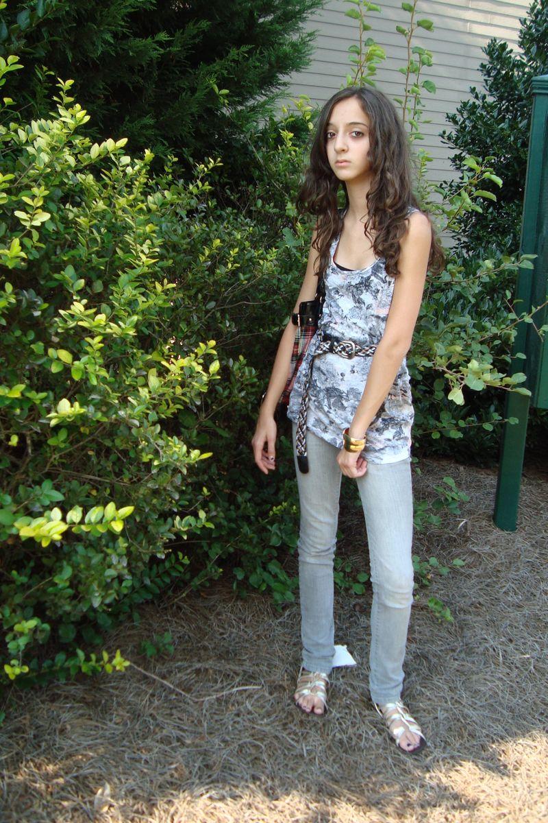 Rachel 025